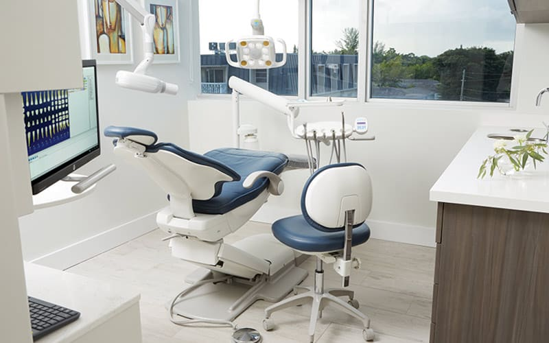 office for miami dental crowns